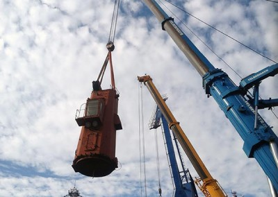 Deck crane tower removal SEA HOPE II